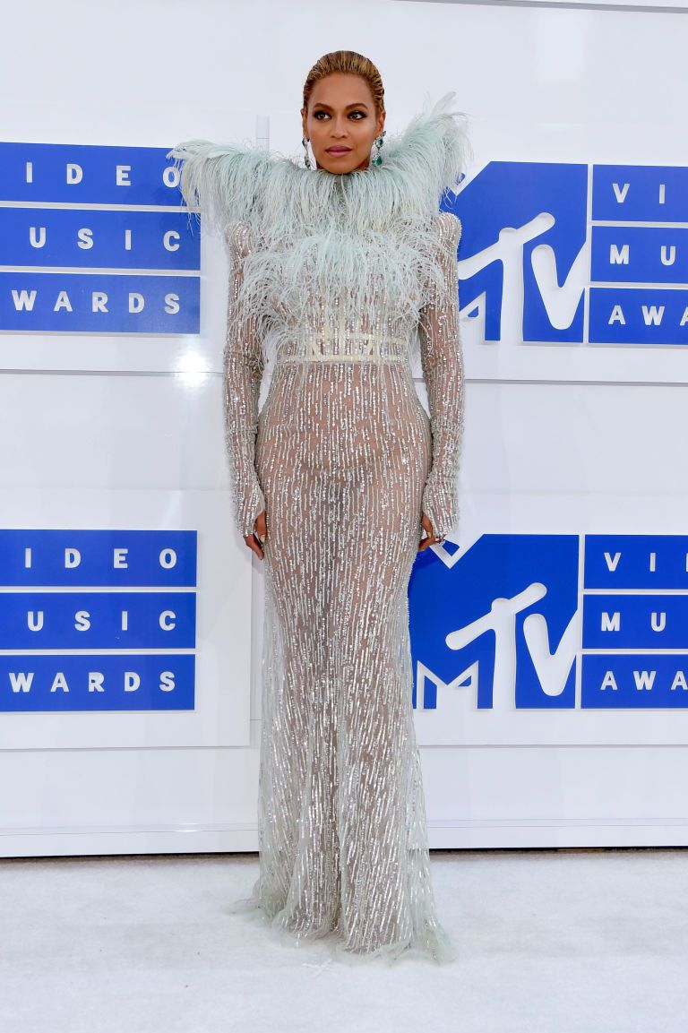 gallery-1472456613-beyonce-vma-mtv-video-music-awards-2016-2