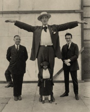george-auger-cardiff-giant-262x324